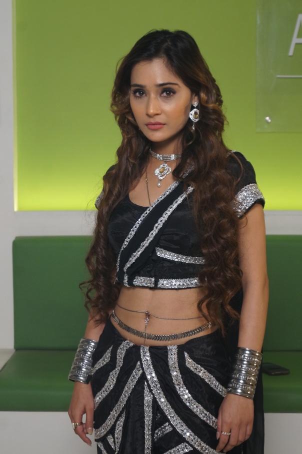 Ssara Khan as Naagin in SAB TV's Woh Teri Bhabhi Hai Pagle 1