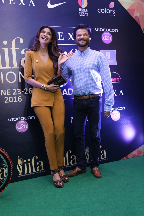 Anil Kapoor and Shilpa Shetty at the Mumbai IIFA Press Conference2.JPG