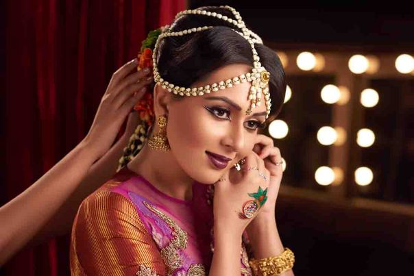 Bridal Looks by Lakme Salon Dream Team copy